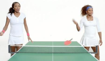 애플의 '방해금지 모드' 광고. 윌리엄스 자매가 광고에 출연했다.