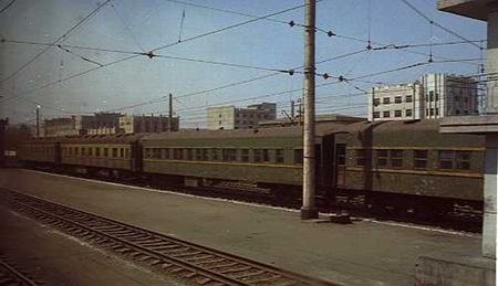 외형부터 포스 넘치는 북한 철도.