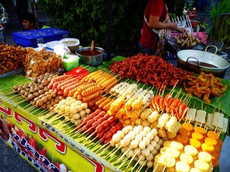 태국으로 피난 가기 3: 태국에서 먹고살기