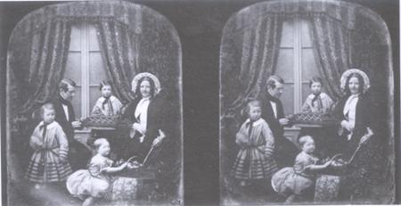 Charles Wheatstone 가족의 stereo 사진(National Portrait Gallery)