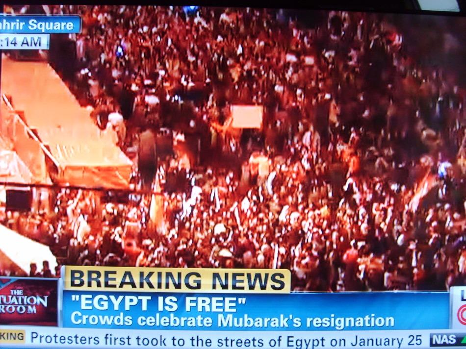 무바라크는 물러났으나 이집트는 여전히 혼란스럽다.