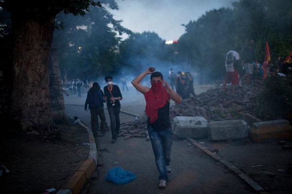 터키 시위에 대한 외신 보도 분석 1/2 (WP, Economist, WSJ, NYT)