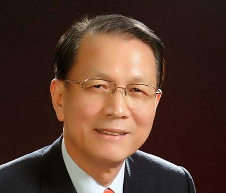 [긴급논평] 대통령 보좌할 새사람, 김기춘의 비서실장 임명을 환영한다