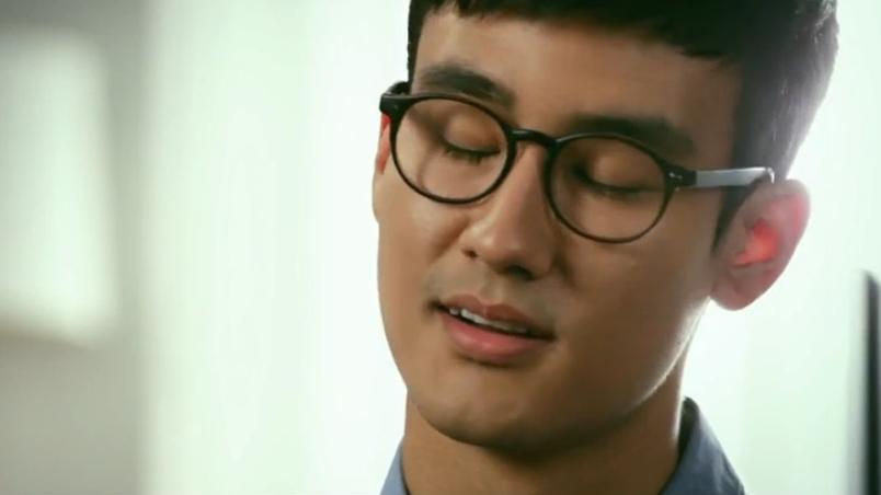 왜 이번 삼성 광고는 저렇게 구린 거죠?