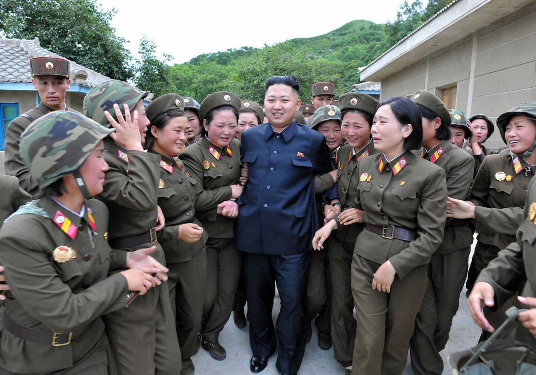 [20년 후, 북한 ①] 김정은의 생존과제: 과거로의 회귀