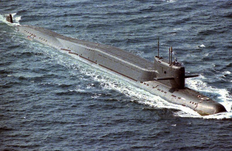 크고 아름다운 Delta-II class nuclear-powered ballistic missle submarine. (출처: 위키)
