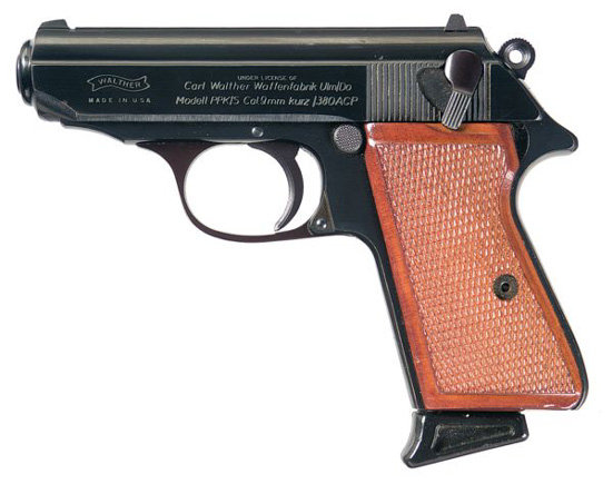 최근에는 프레임(아랫부분)은 PP이고 총신과 슬라이드(윗부분)만 PPk를 끼운 PPk/S 라는 모델이 인기.