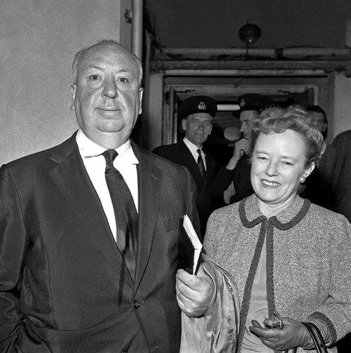 노년의 히치콕과 알마 레빌.