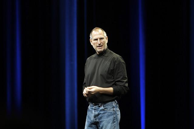 WWDC 2007에서의 잡스. http://www.flickr.com/photos/acaben/541326656