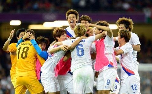 하지만 이 광경이 월드컵에서 재현되는 일은... 있어야 하는데...
