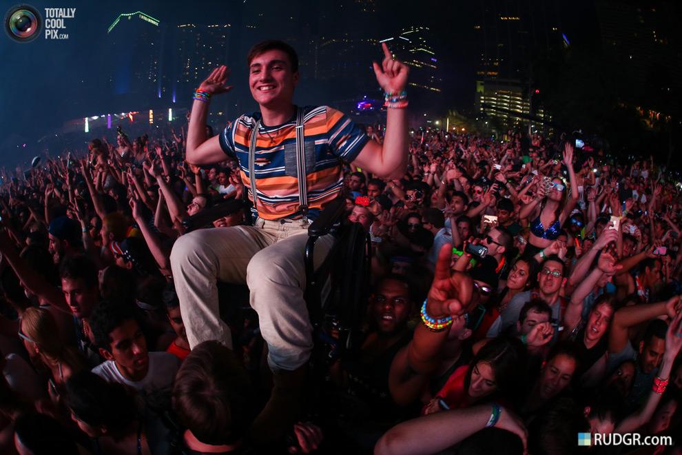 [사진 출처 : totallycoolpix.com/ ultra music festival 2013]