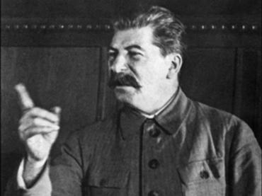 [img1 : 히틀러가 전선을 2중으로 하던 또라이짓에 비해, 스탈린은 독일과 일본이 양동공격을 하진 않을까 불안해했다.]