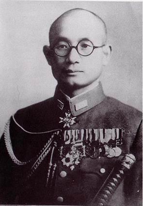 [img3 : 자칭(...) 작전의 신 츠지 마사노부, 태평양 전쟁 말기까지 일본에 팀킬을 시전하시며 한국 독립에 지대한 공을 세우셨다.]