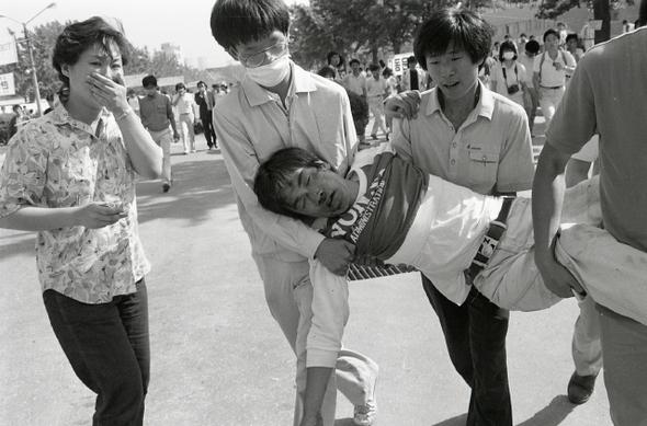 6월항쟁 이브, 역사를 뒤바꾼 사진 한 장