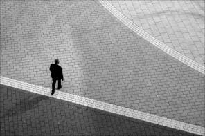 생각이 같은 사람이 없으니 외로운 거다.