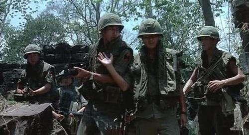 (베트남 전쟁의 장면. 사진은 영화 [알 포인트]의 한 장면)