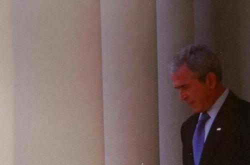 시장에 확신을 주는데 실패한 美 대통령, 죠지 W 부시의 대국민 연설