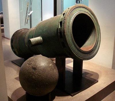 15세기의 청동제 구포(臼砲), 명칭에 이의를 달 사람은 없을 듯