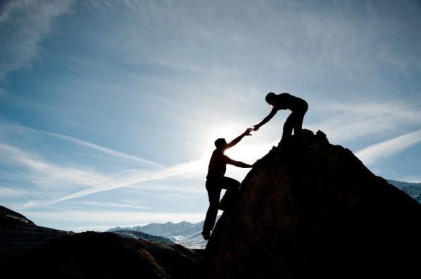 help-climb-rock-598x397