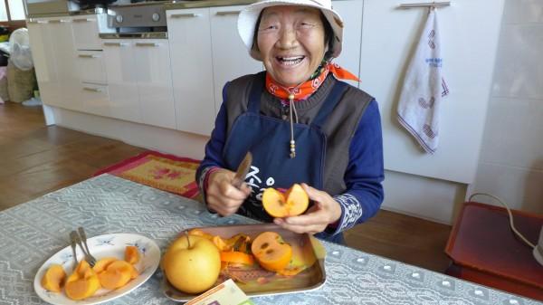 김 할머니는 직업부터 일상까지 모든 게 친환경적이다.자원 귀한 시대에 사셨던 대부분의 어르신들이 사시는 방식은 우리가 배워야 할 '오래된 미래'다. 사진 이경숙, 이로운넷 머니투데이