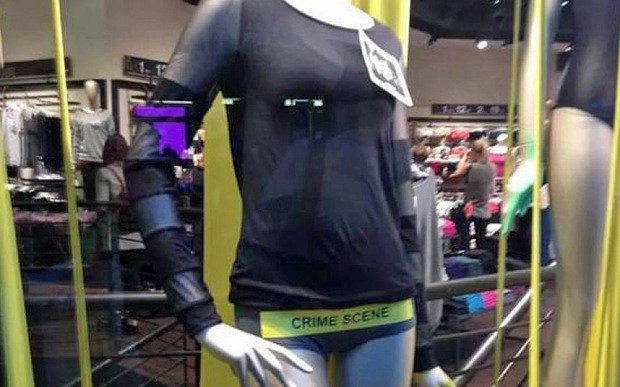 문제의 제품. 성과 범죄를 함부로 연관 짓는 경솔함은 브랜드 이미지를 깎아먹는다.