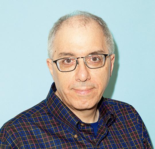 STEVEN LEVY | 스티븐 레비 Editor-in-Chief, Backchannel 테크 업계의 프리랜서 작가의 일인자로서 지금까지 부동의 인기를 자랑한다. [해커즈] (공학사(工学社)) 등 여러 권의 책을 낸 후에 1995년에 [뉴스위크] 지의 시니어 에디터로 근무했다. 스티브 잡스로부터도 신뢰 받았던 것으로도 알려져 있으며, 2008년부터는 미국판 [WIRED]지에서 수 많은 기사를 집필했다. 2014년에 미디엄으로 전격 이직했다. https://medium.com/@Stevenlevy