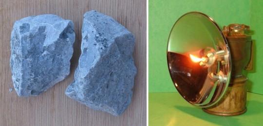 카바이드와 카바이드를 사용하는 램프. 출처:위키피디아에서