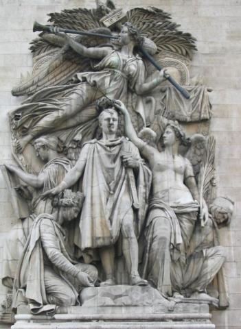 이 부조가 '1810년의 승리'입니다. 아마 1809년의 바그람 전투를 기념하여 1810년에 뭔가 개선식 같은 것을 했었나요 ? 사실 저 가운데 모델이 나폴레옹이라는 설명은 없는데, 저 얼굴은 누가 봐도 나폴레옹 그 양반이 맞습니다.