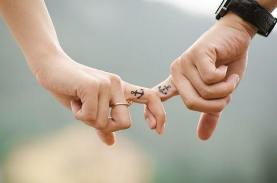 hands-437968_r