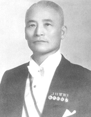 별다섯의 김홍일 장군