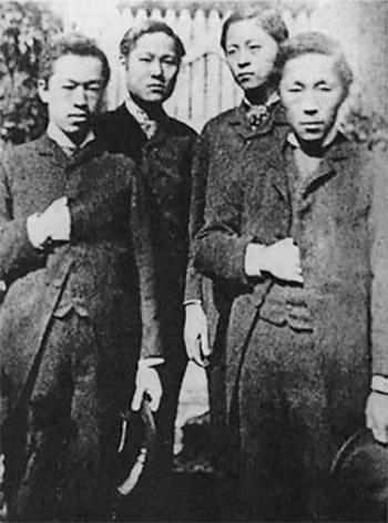 (왼쪽부터) 박영효, 서광범, 서재필, 김옥균