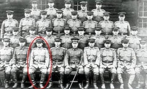 물론 1940년대쯤 되면 일본 육사에 들어가는 사람들도 늘어났다.