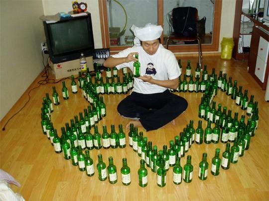 3014년 기준 한국의 1인당 술 소비량은 6.2L로 세계 15위, 아시아 1위 수준이다.