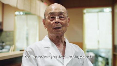 요리가 아니라 그에 걸맞는 실력을 탐내야 한다. 스시 장인 Jiro 역시 무엇을 원한다면 평생을 헌신하라 말한다.