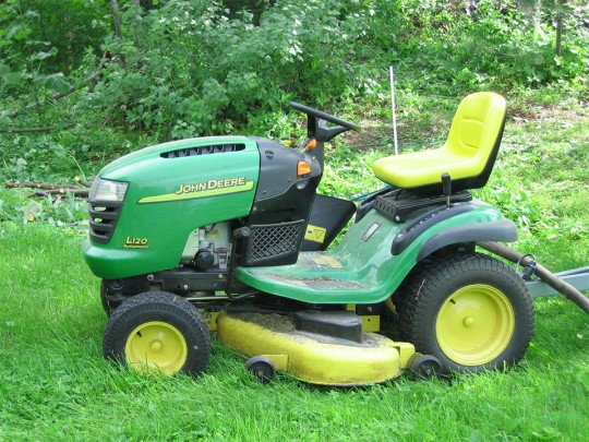world_1_lawnmower
