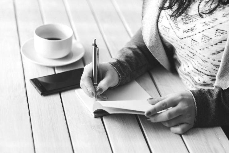 속 시원한 8가지 글쓰기 노하우