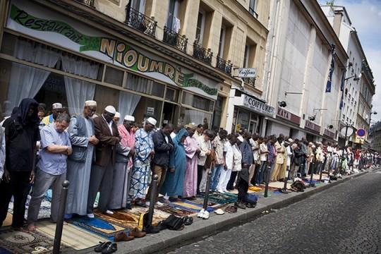 파리의 무슬림들.
