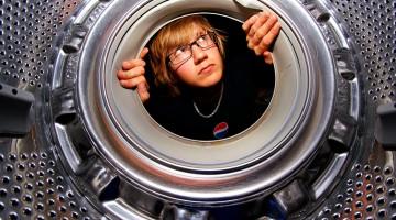 17살 소년이 세탁기를 갖고 싶어한 이유