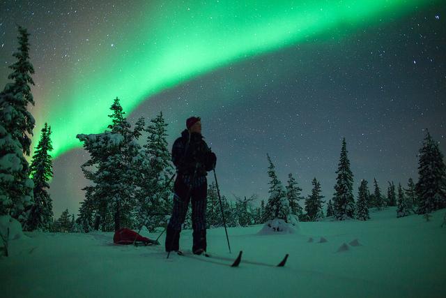 1_핀란드_스키_오로라
