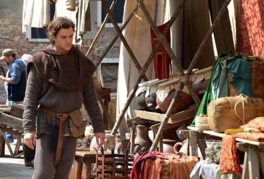 VENEZIA 31/03/14 - Si gira il Marco Polo per la BBC in campiello Querini. Nella foto il giovane Marco Polo Lorenzo Richelmy. ©Andrea Pattaro/Vision - Set Film Marco Polo per la BBC in campiello Querini. PARTE B - fotografo: ©ANDREA PATTARO/VISION