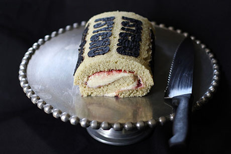 Psycho-Swiss-Roll-460
