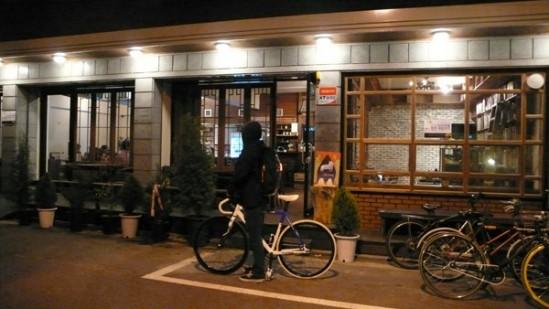 상수동 이리카페의 모습 출처: 이리카페 네이버 카페