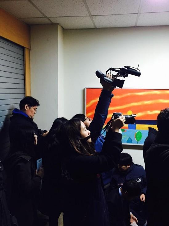 카메라가 이렇게 많았다. 출처: 동국교지 페이스북