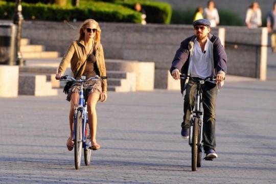 디카프리오의 자전거 데이트