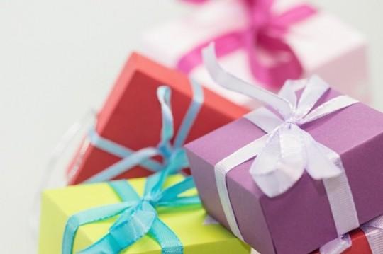 christmas-xmas-gifts-presents-large