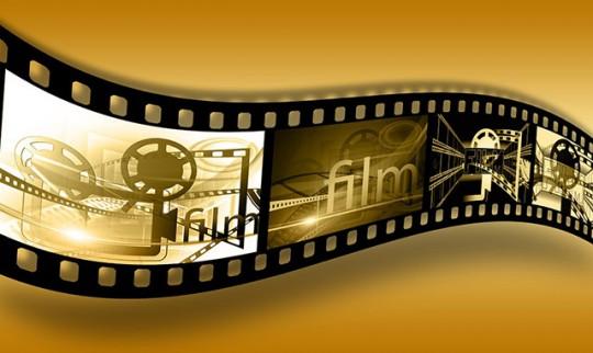 알바 노동자들이 없었다면 과연 천만 영화도 존재할 수 있었을까.