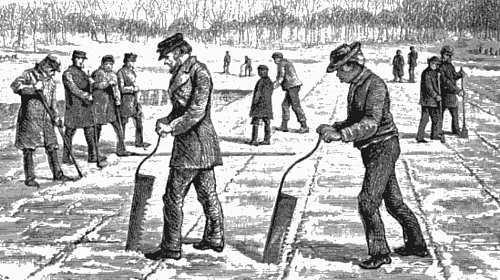 뉴잉글랜드의 호수에서 얼음을 수확하는 사람들
