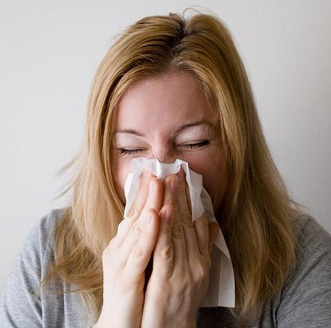 감기 걸렸으면 회사에 나오지 마세요! 옮으니까...