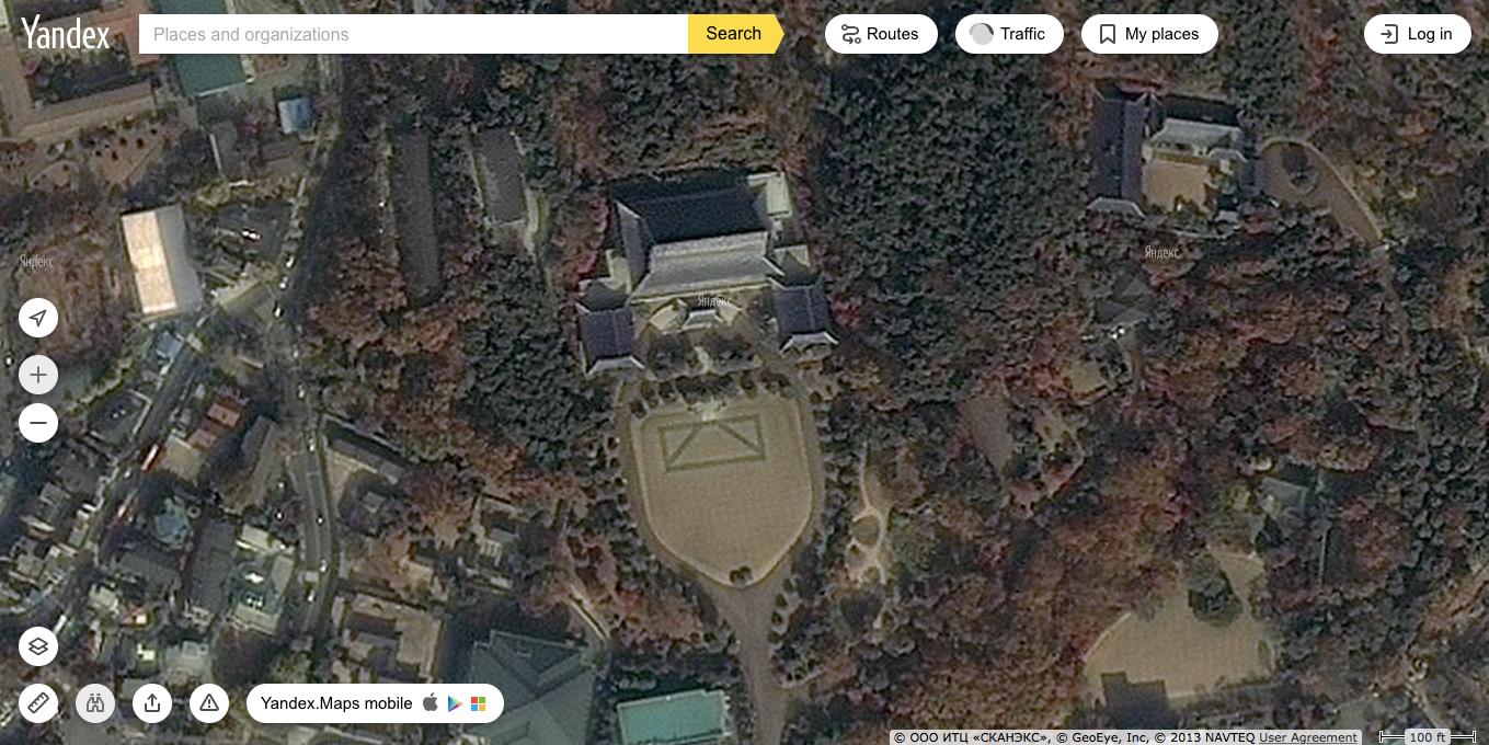 러시아기업 얀덱스가 서비스 중인 얀덱스맵. 100피트 상공에서 바라본 청와대의 모습. 이런 서비스가 전 세계에 즐비한데, 구글만 가린다고 없던 안보가 생기나?