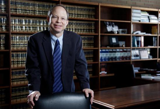 애론 퍼스키 판사.